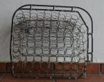 Seat cushion made of wire